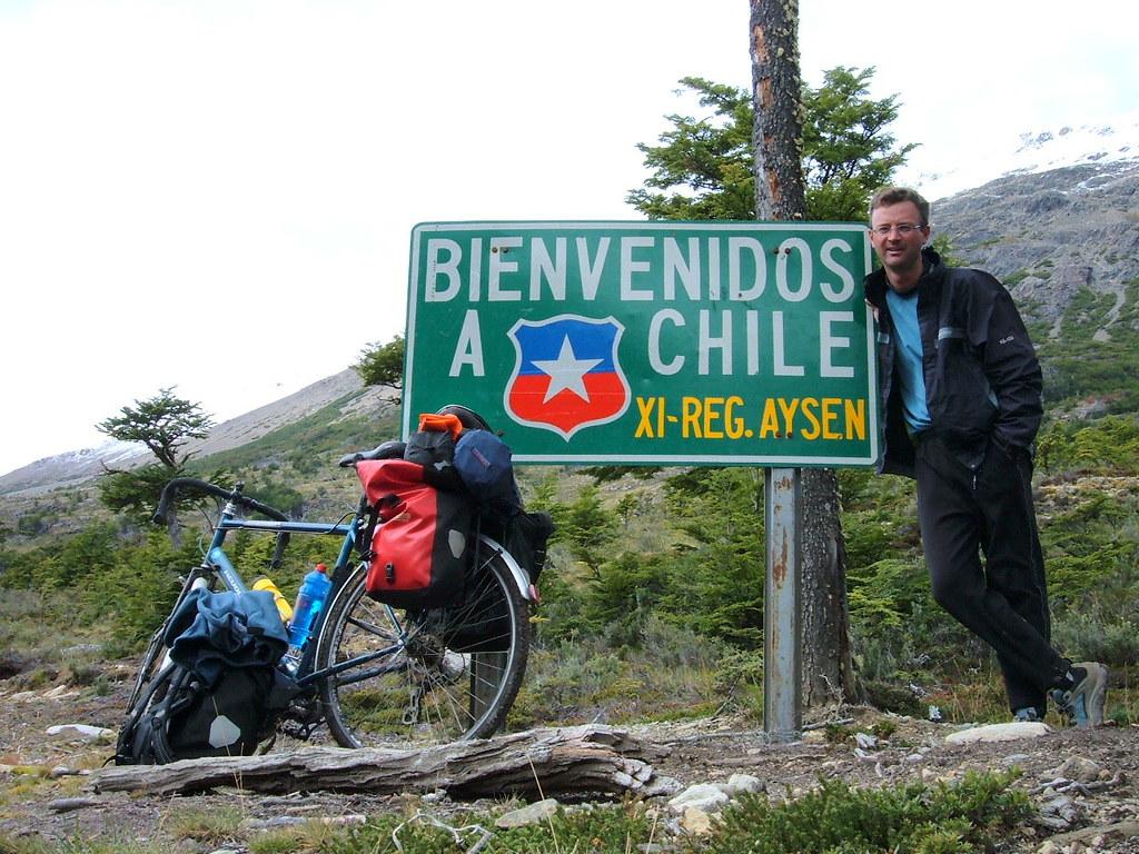 Власти Чили разрешили въезд иностранным туристам
